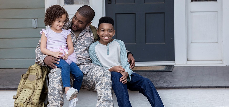 army dad with children